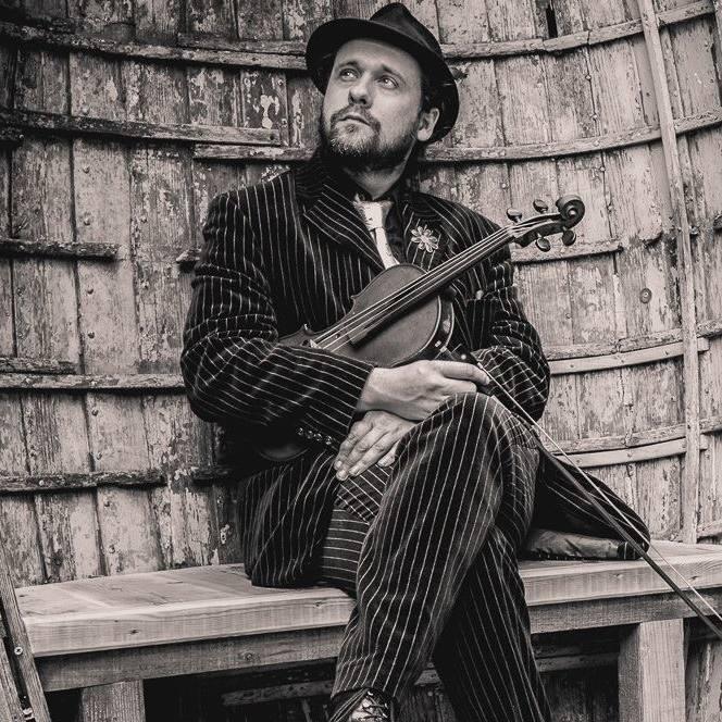 Alex Taylor – Violin Teacher